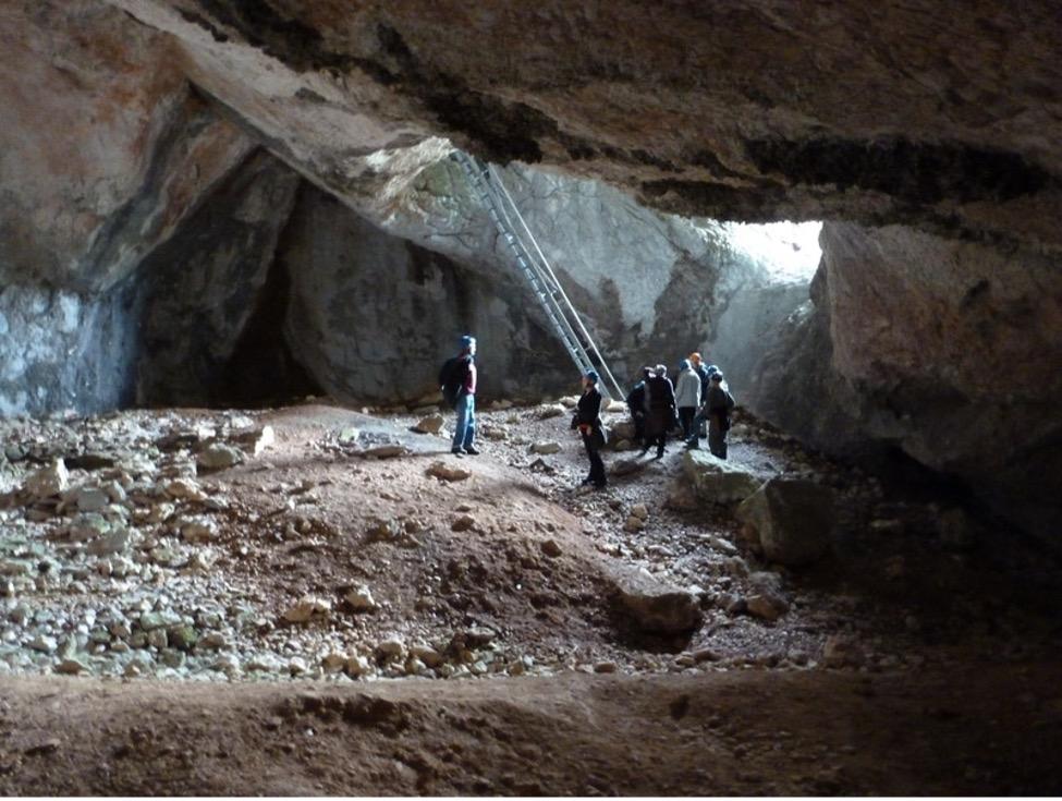 Arzberghöhle